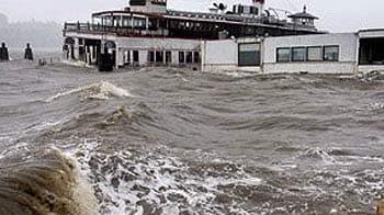 Videos : सैंडी' तूफान का कहर, 13 मरे