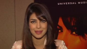 Video : Priyanka wishes SRK a big happy birthday