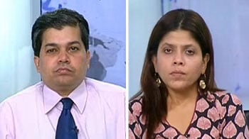 Video : Buy J&K Bank, Glenmark, Oberoi Realty, Godrej Industries stocks: Experts