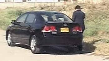 Video : Explosives found in Pakistan journalist Hamid Mir's car