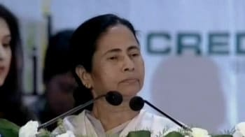 Video : Mamata Banerjee says critics like 'barking dogs'; Left outraged