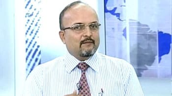 Video : Overweight on TCS, HCL Tech; avoid PSU bank stocks: experts