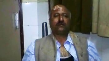 Video : Journalist, who was trying to protect a girl being harassed, attacked