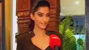 Video : Sonam to donate her designer clothes for a good cause