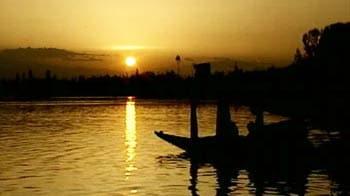 Video : When Pandit Ravi Shankar taught a Beatle on a houseboat