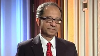 Video : Global economy showing encouraging signs of recovery: Kaushik Basu