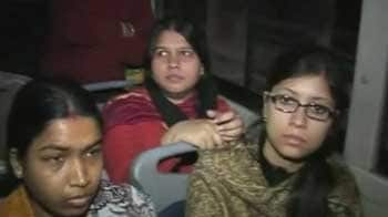 Video : Delhi cops travel on buses; women tell them how unsafe they feel