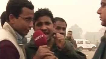 Video : मीडिया को निशाना बनाकर मुंह छिपाती रही पुलिस