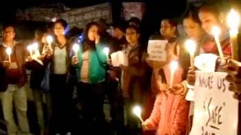 Video : India pledges not to forget 'Amanat'