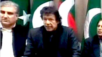 Video : Imran demands Pak President's resignation