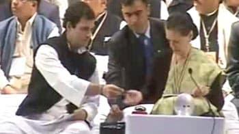 Video : Sonia Gandhi speaks at All India Congress Committee meet