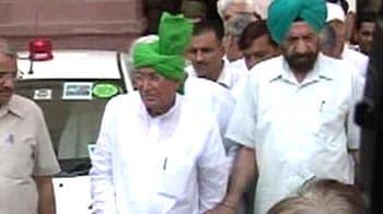 Video : 10 years in jail for Haryana leader Om Prakash Chautala, son Abhay