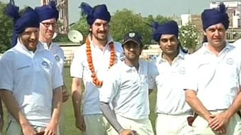 Video : Cricketing touch to Jaipur Literature Festival