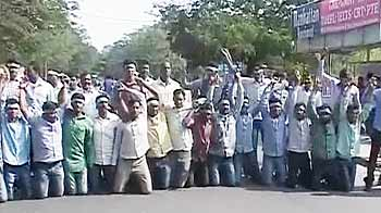 Video : Govt defers Telangana decision, says more talks needed with leaders