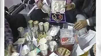 Videos : मप्र : फॉरेस्ट ऑफिसर के घर छापे में करोड़ों की संपत्ति मिली