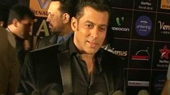 Video : Nervous about hosting award function: Salman Khan
