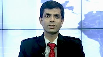 Video : Sell IDFC, hold Reliance: experts