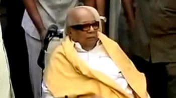 Video : DMK chief M Karunanidhi asks for death penalty to be abolished
