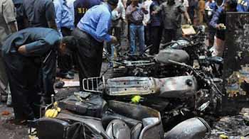 Video : मुंबई और बेंगलुरू से जुड़े धमाकों के तार