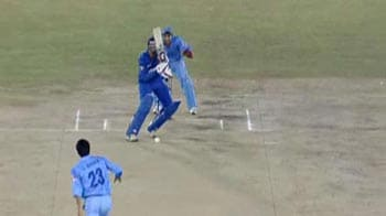 Video : Eastern Tigers vs Southern Sharks: Wicket Fall