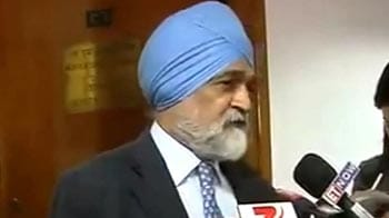 Video : Working with 5 per cent growth not unreasonable: Montek Singh Ahluwalia