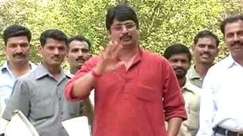 Videos : CBI ने राजा भैया के खिलाफ दर्ज किया हत्या का केस