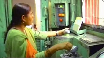 Video : भारत की पहली महिला इंजन ड्राइवर मुमताज