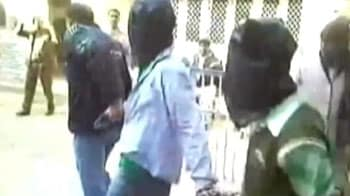 Video : Delhi gang-rape case: main accused Ram Singh commits suicide in Tihar Jail