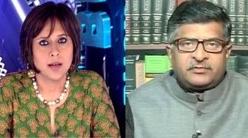 Video : Raj Bhavan: a house of loyals?