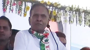 Video : Sack Union Minister Beni Prasad Verma, demands Mulayam Singh Yadav