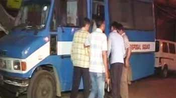 Video : जामा मस्जिद इलाके से एके47 और विस्फोटक बरामद