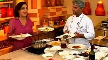 Video : A colourful feast for Holi