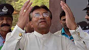Video : Musharraf returns to Pak, says he wants to restore the country