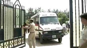 Video : BSP leader shot dead at his south Delhi farmhouse