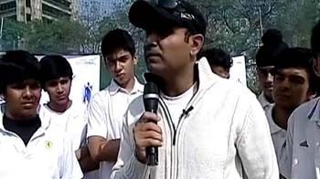 Video : Paratha, Sehwag and kids