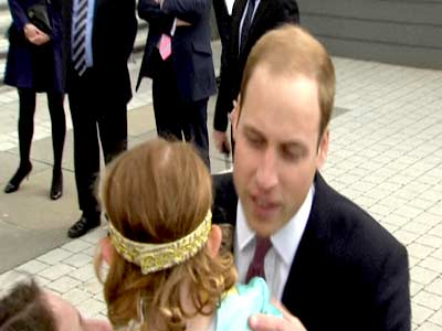 Video : Kiss from Prince William? No thanks, says little girl