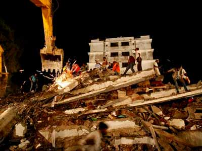 Video : Thane building collapse: Who is responsible?