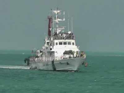 Video : 120 Lankan Tamil refugees rescued, arrested