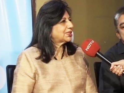 Video : Bangalore fights politics with politics