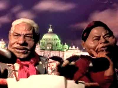 Video : Modi tries to woo Didi filmy-style