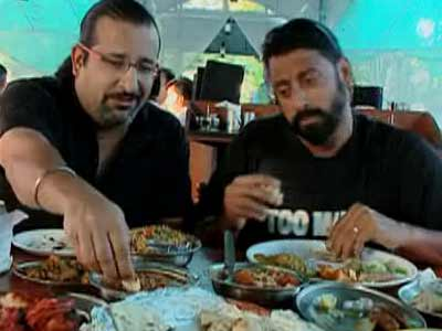 Video : Highwaymen taste Vietnamese food in Puducherry