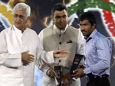 Video : Gagan Narang and Yogeshwar Dutt are sportspersons of the year