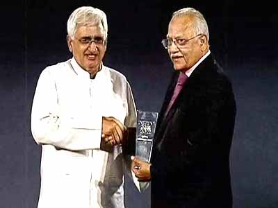 Video : Dr Prathap Reddy, founder of the Apollo Hospitals Group, gets Lifetime Achievement Award