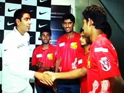 Video : Ravichandran Ashwin's tips to TUCC champions, Jain University, Bangalore