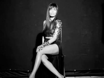 Video : Freida's cover act for Grazia