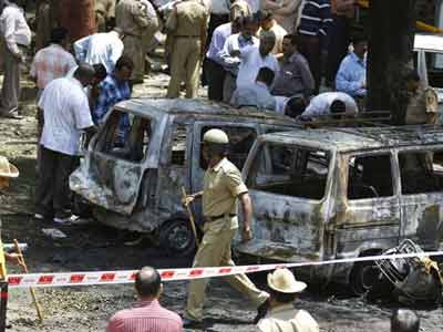 Video : Bangalore blast: 3 arrested from Tamil Nadu for allegedly facilitating attack