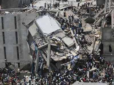 Video : Bangladesh factory building collapse kills nearly 100