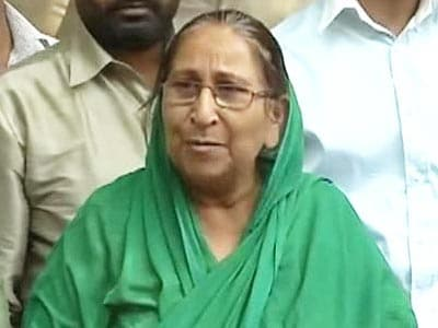 """Video : Sarabjit Singh's anguished sister says Pak """"stabbed India in the back"""""""