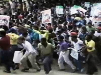 Video : Conditions for Mandela's release and the world (Aired: December 1988)