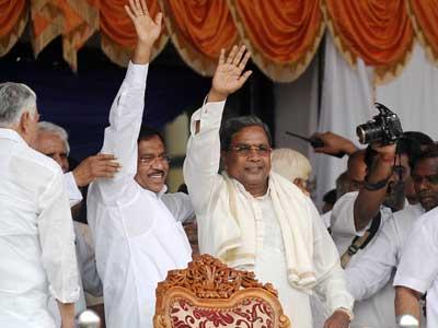 Video : Siddaramaiah sworn-in as Karnataka Chief Minister